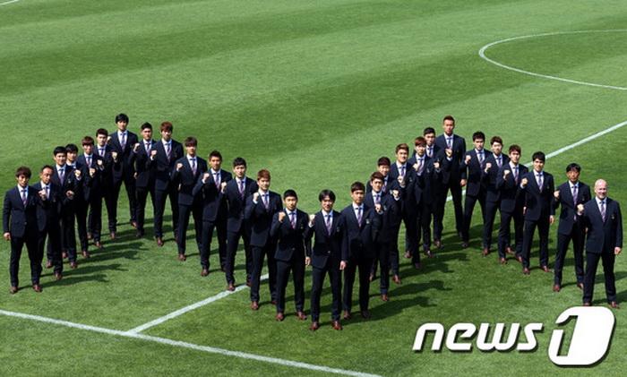 2014巴西世界杯韩国队队服公开(高清组图) (6)