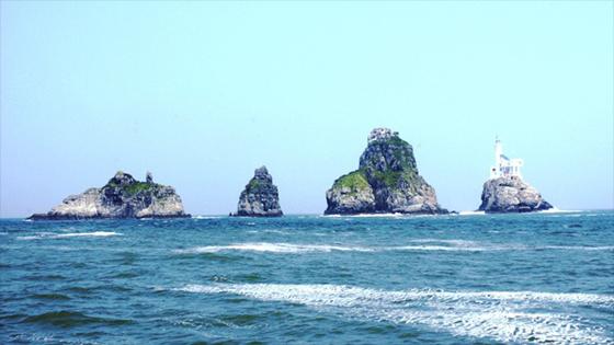 岛的名字大概也正是来自于这种自然现象.