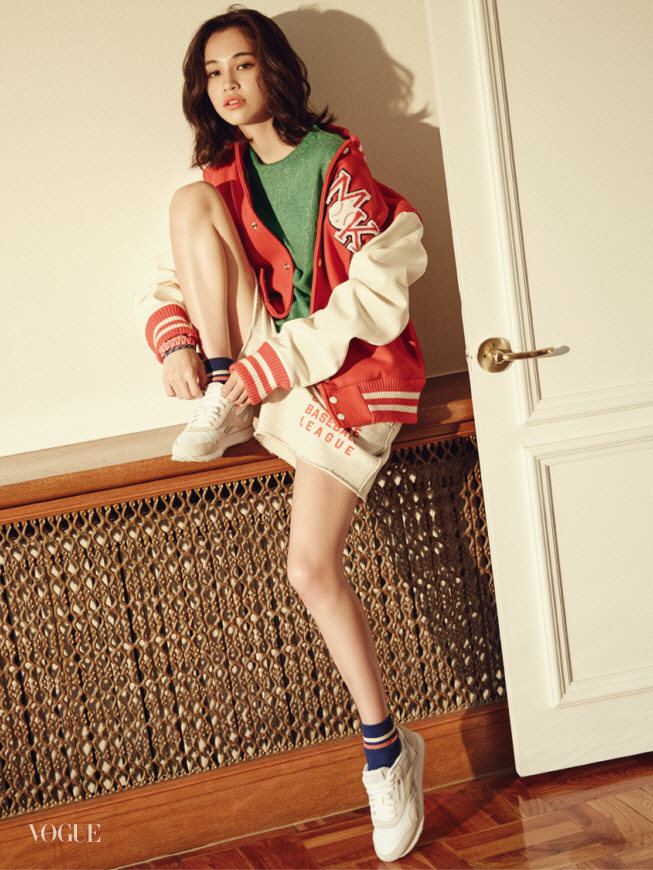 权志龙 清新/人民网9月7日讯韩星权志龙前女友日本模特水原希子通过写真公开...