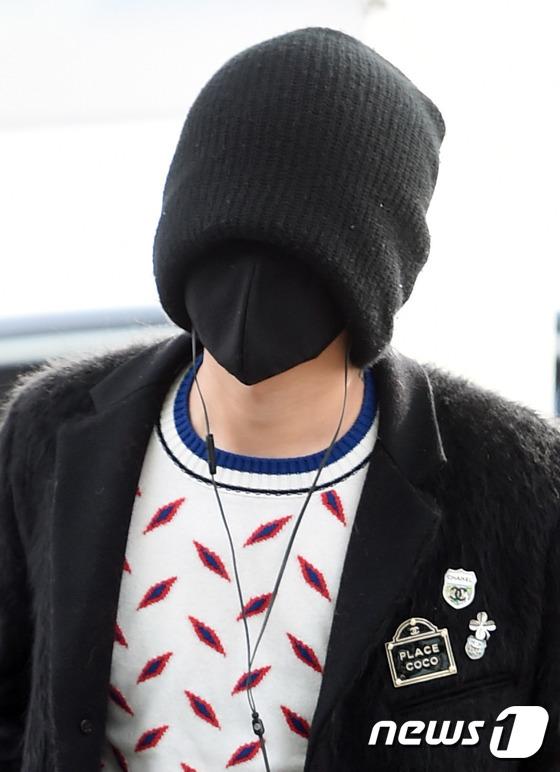 权志龙戴冬天黑色帽子头像(4)