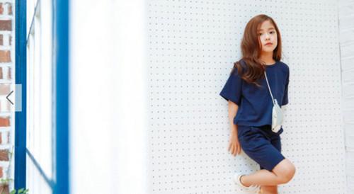 韩国七岁小模特黄诗恩走红 从小就美是什么样