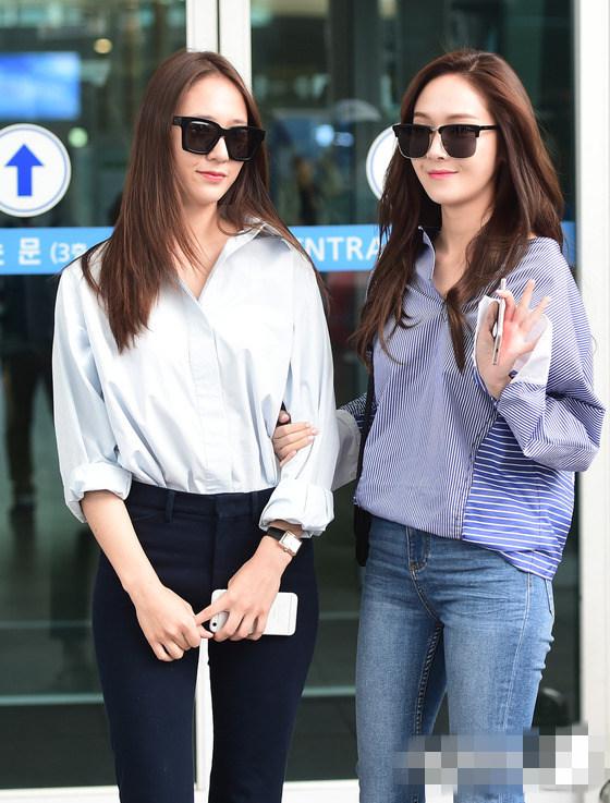 jessica和妹妹鄭秀晶于7日一同現身仁川機場 ,前往香港出席某時尚品牌圖片