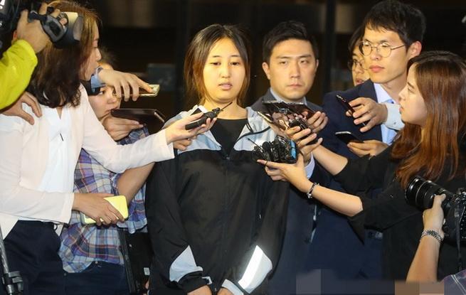 unibet中文网法院再次驳回检方对之女的逮捕令申请