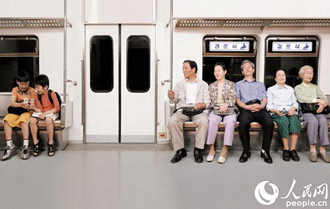 """实拍老龄化危机下的unibet中文网:四分之一""""的哥""""年过花甲"""