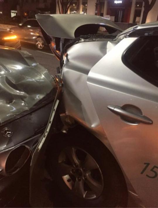 金沙娱乐赌场官网:泰妍车祸当时发生了什么?_被撞乘客发文指责救护人员先救肇事者【组图】