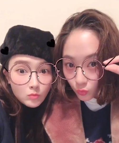 郑秀妍郑秀晶晒表情自拍围观表情引模仿黑头包姐妹麻像图片