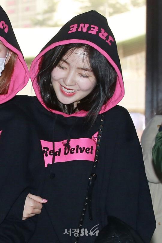 Red Velvet裴珠泫姜涩琪孙承欢金艺琳抢眼 这就