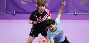 韩朝女子兵乓球联队合训备战比赛