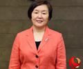 专访梨大校长金恵淑        近日,我们采访了梨花女子大学校长金恵淑,她向我们阐述了梨大对于国际化人才的定义。