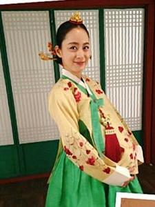 【组图】金泰熙《张玉贞》临盆照曝光 演绎最