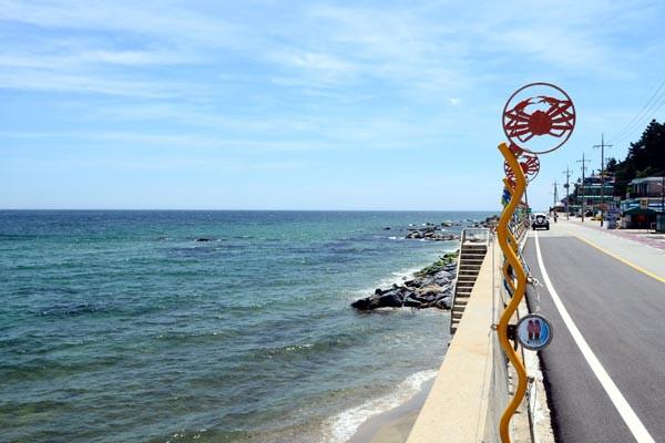 今年入夏以来,济州岛气候异常,持续高温,易引发心脑血管疾病.