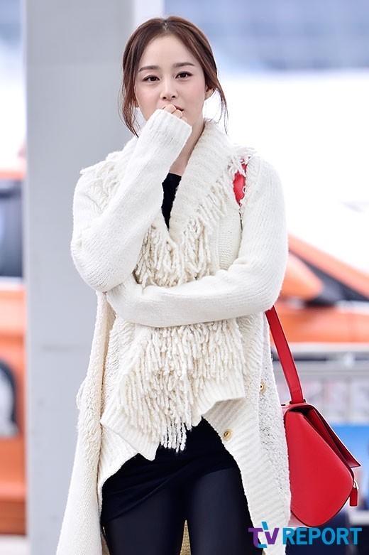 【高清】韩国第一美女金泰熙现身仁川机场 白